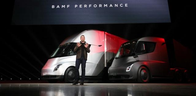 İşte Tesla'nın elektrikli kamyonu (5 FOTOĞRAF)
