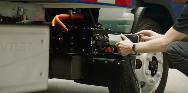 İşte ilk seri üretim elektrikli kamyon