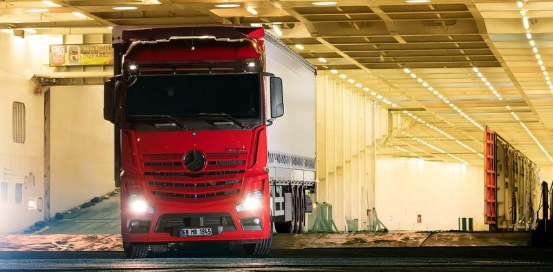 İşte 18 fotoğraf da Mercedes-Benz'in Euro 6 kamyonları