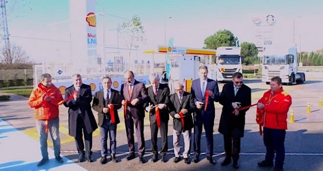 Türkiye'nin ilk LNG istasyonu açıldı