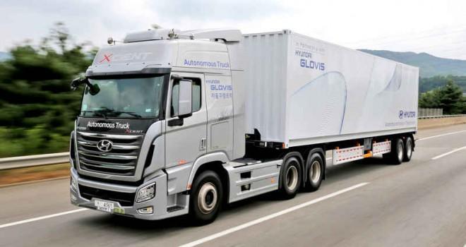 Güney Kore'nin ilk otonom kamyonu yola çıktı