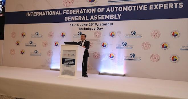 Mercedes-Benz Türk, eksperlere kamyon ve otobüslerdeki hasar onarım süreçlerini anlattı