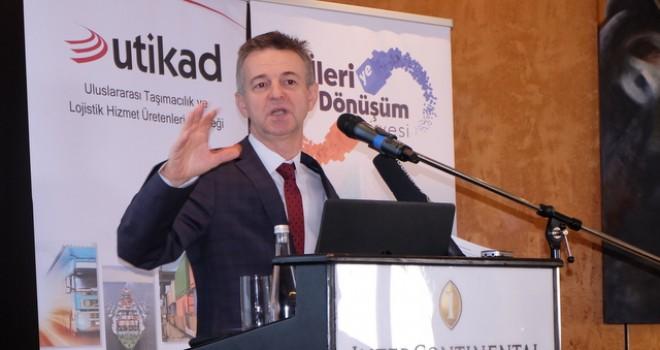 Kapıkule'deki TIR kuyruklarının maliyeti yıllık 35 milyon eurodan fazla