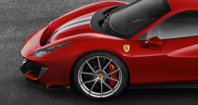 Yeni Ferrari 488 Pista'nın lastikleri Michelin'den