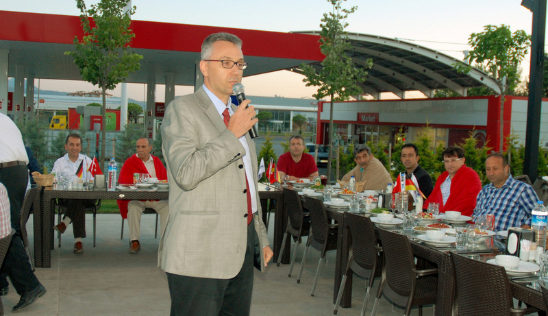 Krone, 7 ilde müşterileriyle iftar yemeklerinde biraraya geldi