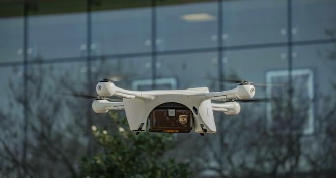 UPS, tıbbi numuneleri drone'la taşıyacak
