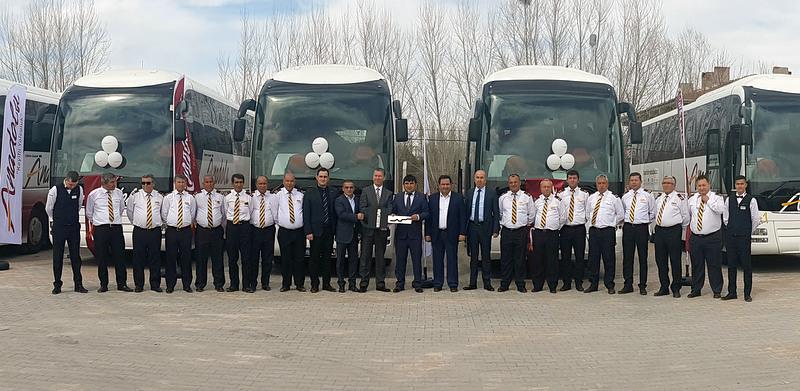 18 adet ikinci el 2+1 VIP MAN ve NEOPLAN otobüs aldı