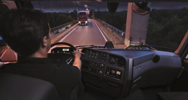 Renault Trucks'ın Roadpad sistemi sürücüler için mükemmel bir yol arkadaşı oluyor