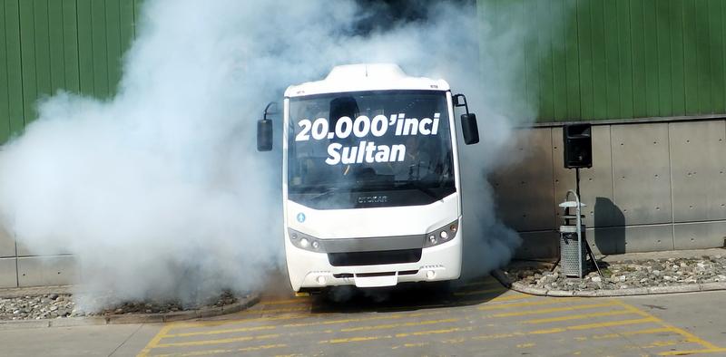 20 bininci Sultan otobüsü banttan indirildi