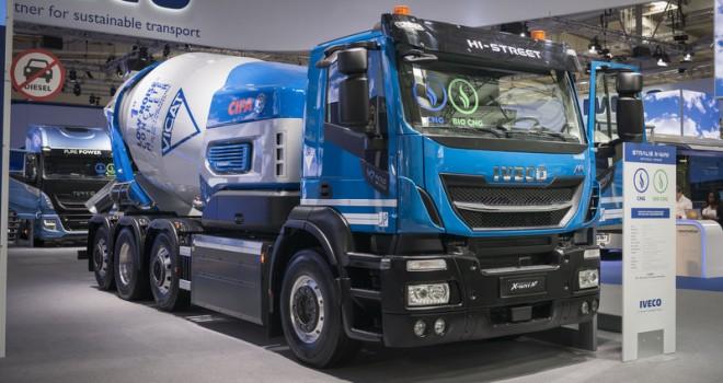 IVECO, dünyanın ilk biyoCNG kamyonunu tanıttı