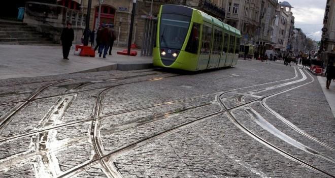Alstom'dan İstanbul tramvay hattına zeminden beslemeli APS güç sistemi
