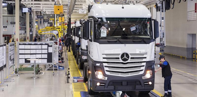 30 yılda 232 bin 256 adet kamyon ve çekici üretti
