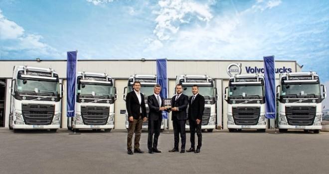 Volvo Trucks 3 firmaya 50 adet araç teslim etti
