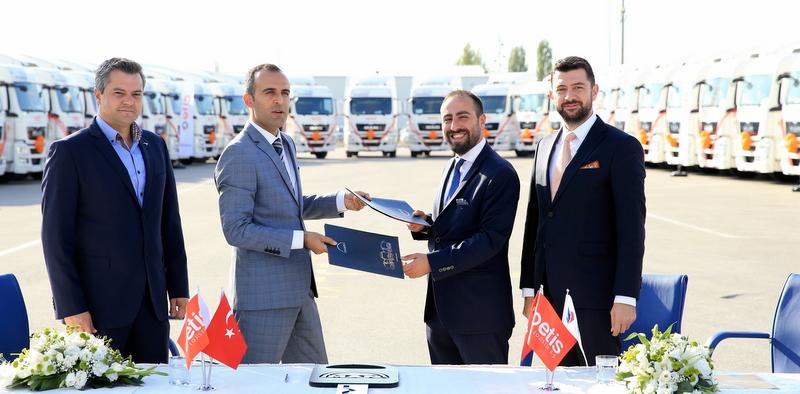 37 adet MAN kamyon aldı, şimdi uluslararası taşımacılık yapmaya hazırlanıyor
