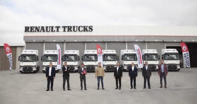 VIP Transport filosunu Renault Trucks çekiciler ile güçlendirmeye devam ediyor