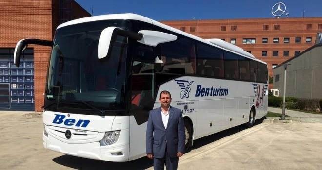 Mercedes-Benz Türk, 3 firmaya 3 adet otobüs teslim etti