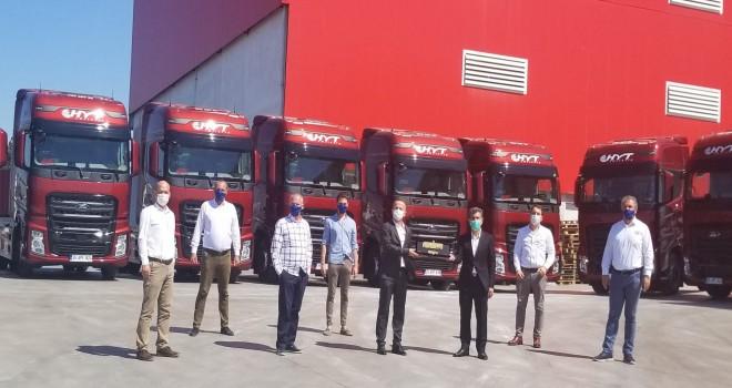 Ford Trucks'tan HYT Tam Lojistik'e 10 adet F-MAX