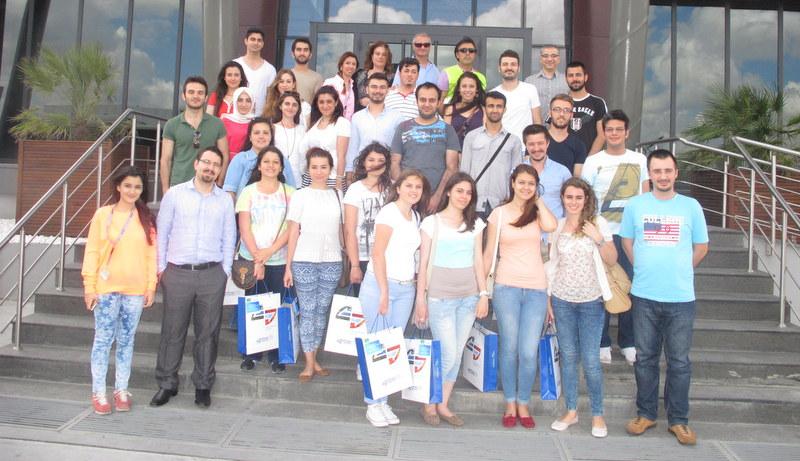 Lojistik öğrencileri, Mobilfix'in öncülüğünde Sertrans'ın Yeşil Merkezi'ni ziyaret etti
