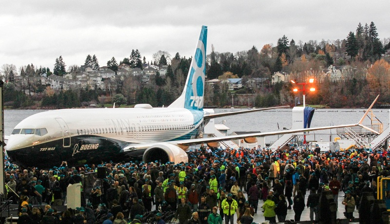 İşte Boeing'in ilk 737 MAX 8'i