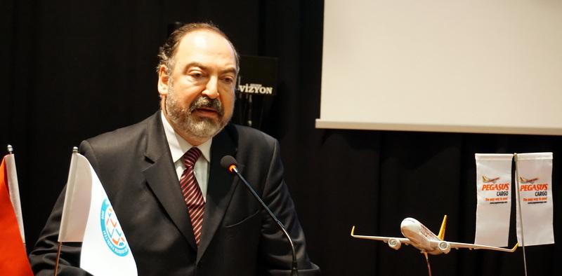 """Pegasus Havayolları Genel Müdürü Mehmet Nane: """"Günümüzde haberleşme çok önemli, lojistik de haberleşme kadar önemli"""""""