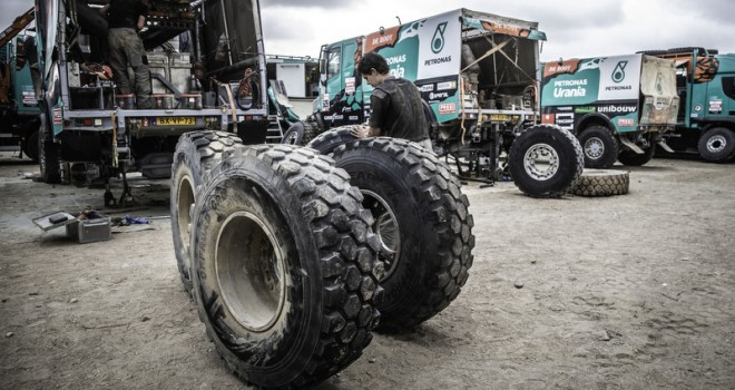 Dakar Rallisi'ni Goodyear lastikleri ile ilk 10'da tamamladı
