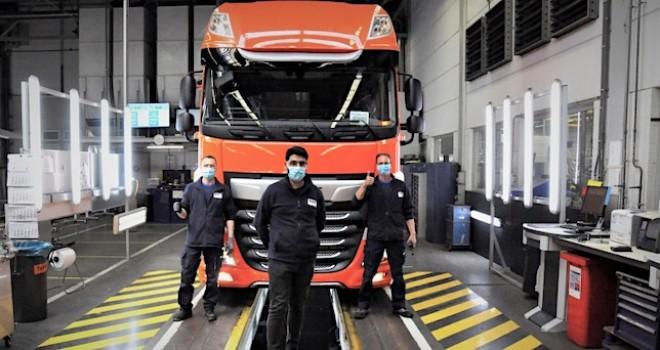 İlk DAF kamyonu tekrar üretim hattından çıktı