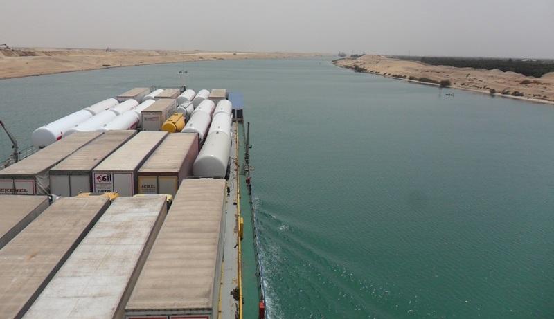 Hataylı Nakliyeciler, Mısır Engelini Süveyş Kanalı İle Aştı!