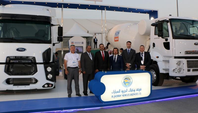 Ford Trucks Riyad'da düzenlenen inşaat ve yapı fuarında gövde gösterisi yaptı