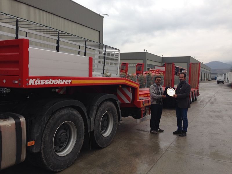 Kässbohrer'in low-bed teslimatları devam ediyor