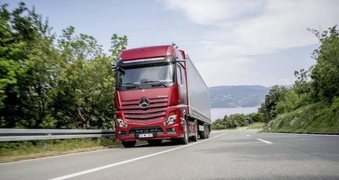 Mercedes-Benz kamyon modellerinde Ağustos ayına özel kampanya