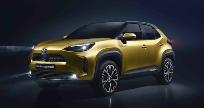 Toyota, yeni kompakt SUV modeli Yaris Cross'u online tanıttı