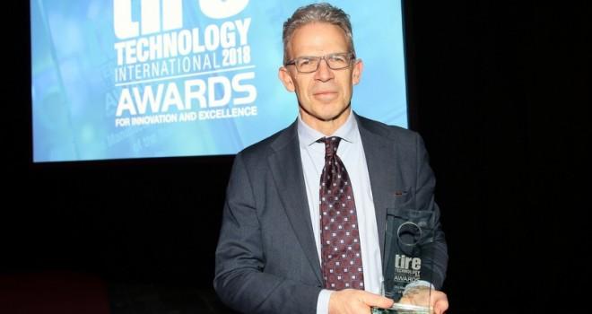 """Pirelli'ye """"Yılın Lastik Üreticisi"""" Ödülü"""