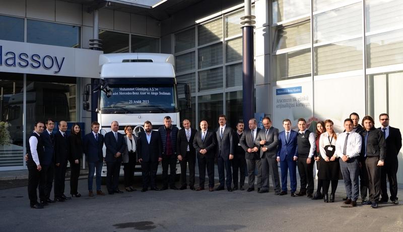 Trabzonlu firmaya 200 adet kamyon teslim etti