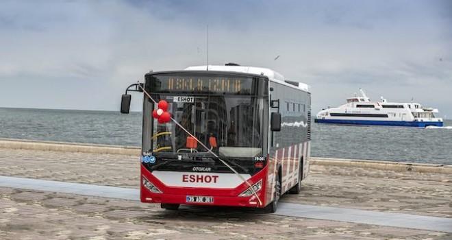 İzmirlileri taşıyacak 304 adet Otokar otobüsü için imzalar atıldı