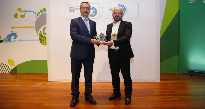 İstanbul Karbon Zirvesi'ndenTürk Telekom'a ödül