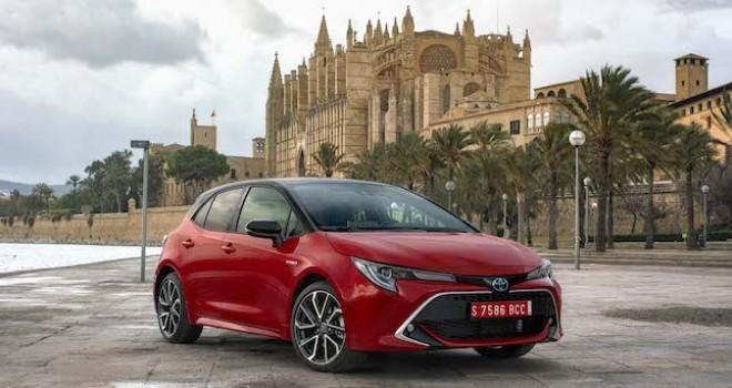 Toyota Avrupa'da 3 milyonuncu hibrit aracını teslim etti
