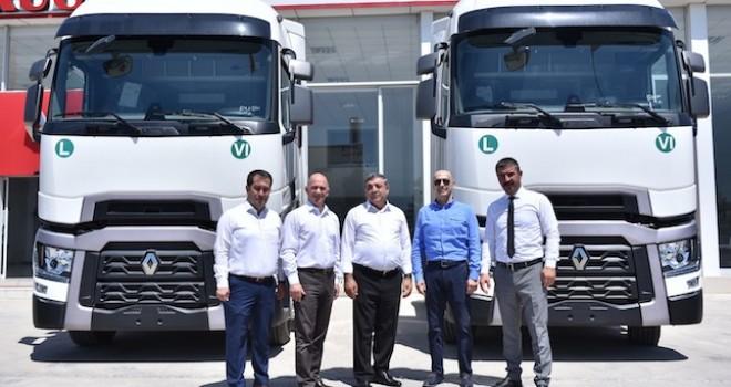 Mersinli Flay Lojistik ve Ocaktrans filolarını Renault Trucks T 520 ile güçlendirdiler