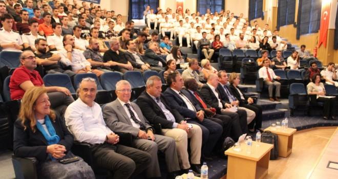 Dokuz Eylül Üniversitesi'nde Dünya Denizcilik Günü ve Preveze Deniz Zaferi Yıldönümü Kutlandı