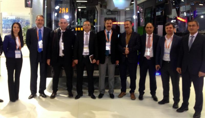 Transist Fuarı'nda Temsa standı Büyükşehir Belediye yetkililerinin buluşma noktası oldu
