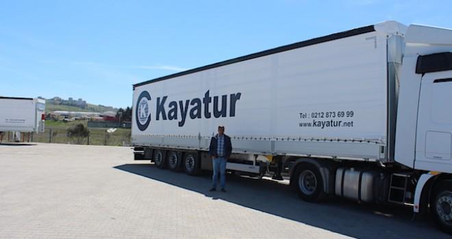 Schmitz Cargobull, Kayatur Lojistik'in 40 adetlik treyler siparişinin ilk 15'ini teslim etti