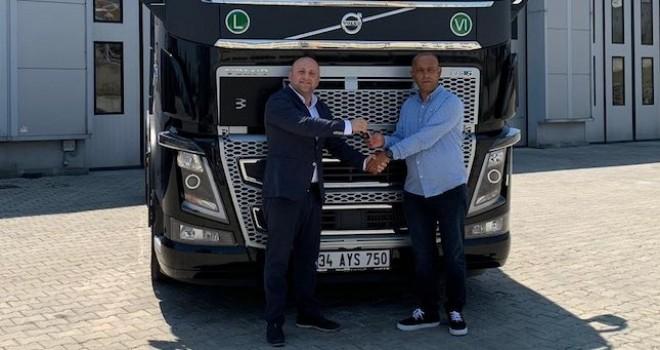 AYS Uluslararası Nakliyat filosunu Volvo FH16 750 HP çekici ile güçlendirdi
