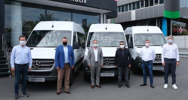 Mercedes-Benz'ten Ofses Turizm'e 18 adet Sprinter