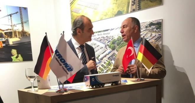 Krone, Ankara'daki Alman Milli Birlik Günü'ne Katıldı