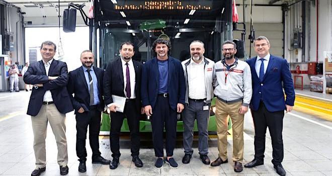 Anadolu Isuzu, en büyük midibüs ihracatını gerçekleştirmeye hazırlanıyor