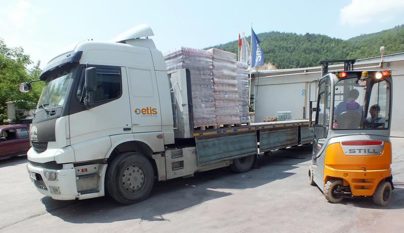 Her ay 450 TIR ile Türkiye'nin 200 noktasına maden suyu taşıyacak!