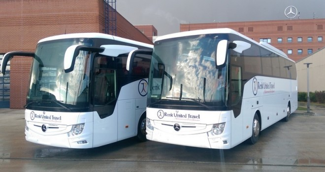 Mercedes-Benz Türk, Renk United Travel'a 2 adet Tourismo 15 teslim etti