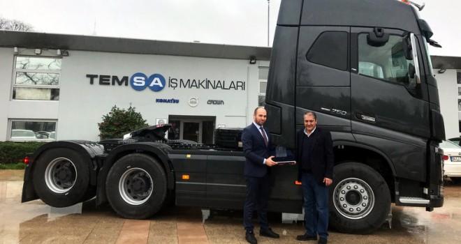 Güçlü Vinç'e en güçlü Volvo Trucks çekici