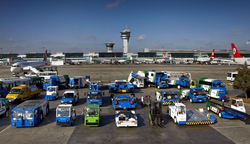 Engelsiz havaalanı ve yeşil kuruluş sertifikalarına yenilerini ekledi