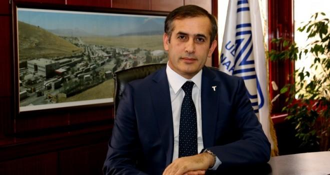 Fatih Şener, UND'ye veda etti