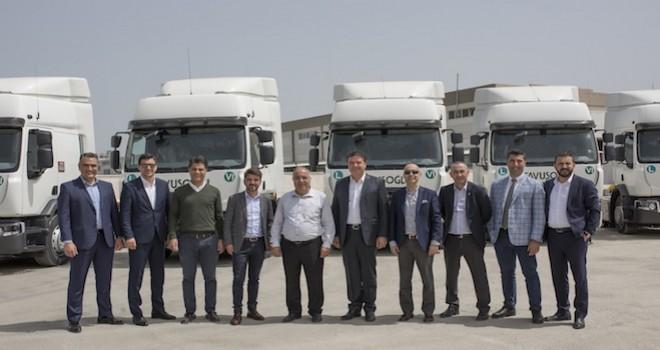 Çavuşoğlu Nakliyat filosunu 10 adet D serisi Renault Trucks ile güçlendirdi